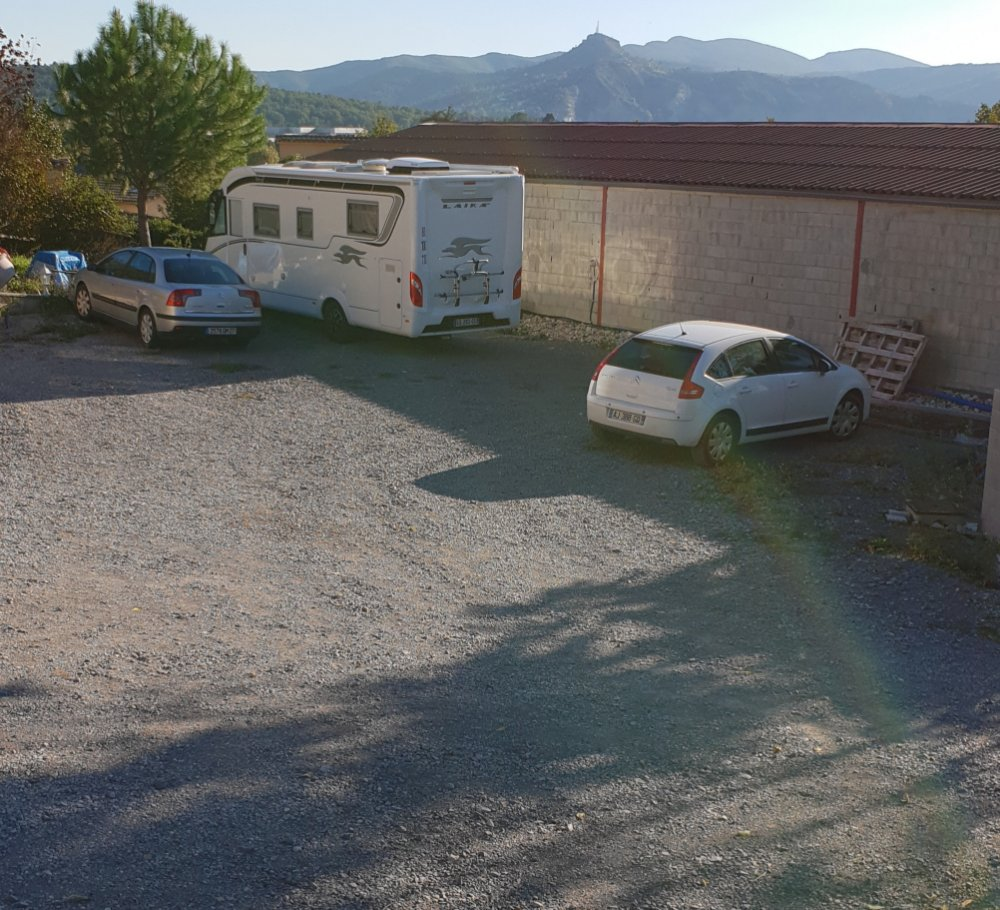 Aire camping-car à Ruoms (07120) - Photo 1